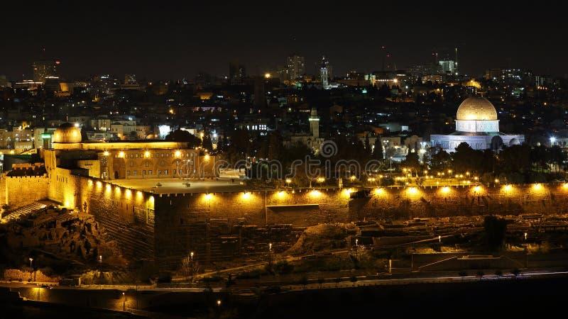 Vista di notte alla cupola della roccia, Gerusalemme, Israele fotografia stock libera da diritti