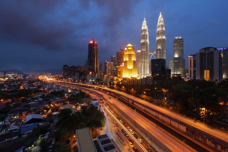 Vista di notte della città di Kuala Lumpur fotografia stock