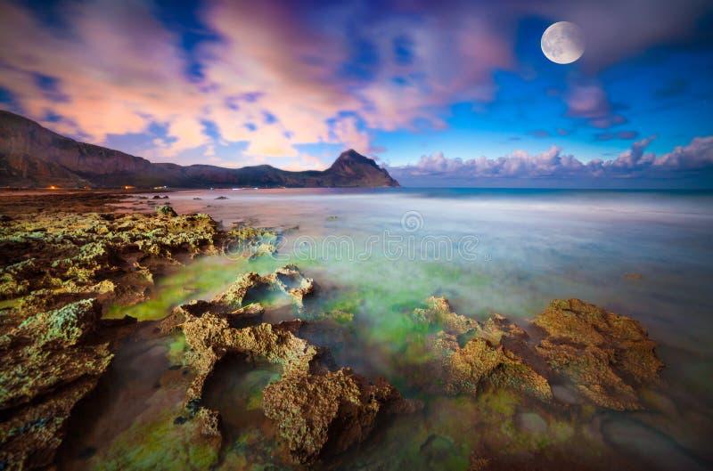 Vista di notte della riserva naturale Monte Cofano immagine stock libera da diritti
