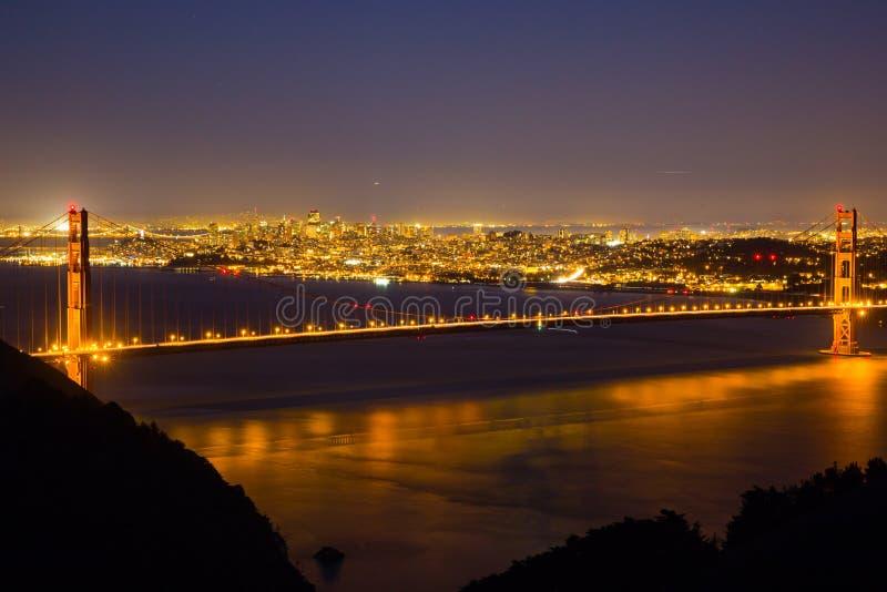 Vista di notte di golden gate bridge 3 fotografia stock