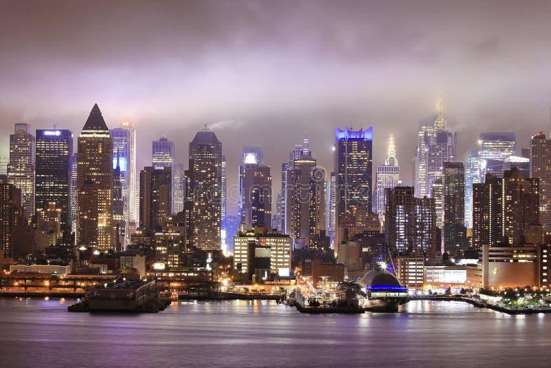 Vista di notte di New York fotografia stock