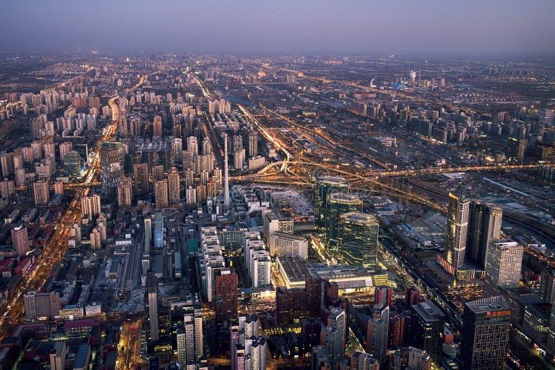 Vista di notte di Pechino sulla Cina Zun immagine stock libera da diritti
