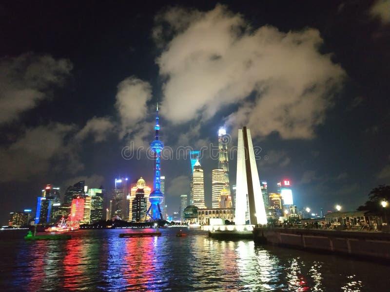Vista di notte di Shanghai fotografie stock