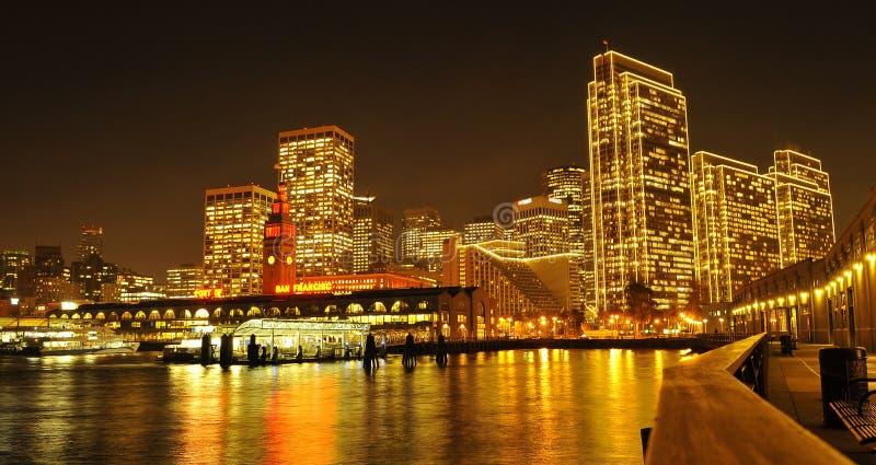 Vista di notte su San Francisco America fotografia stock