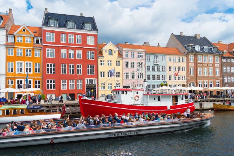 Vista di Nyhavn a Copenhaghen, Danimarca fotografie stock