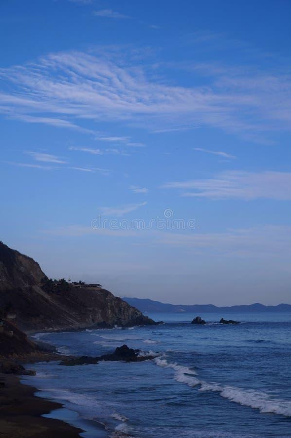 Vista di oceano vicino ad Acapulco immagini stock libere da diritti