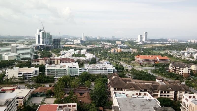 Vista di paesaggio urbano alla città di cyberjaya, immagine stock