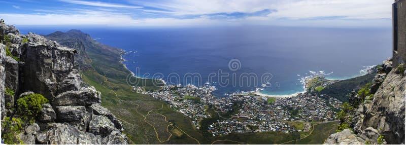 Vista di panorama dalla montagna della Tabella immagini stock
