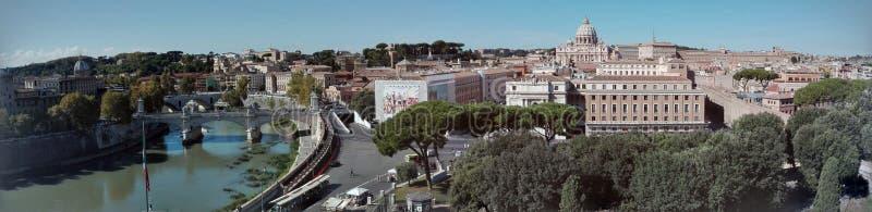 Vista di panorama del €™Angelo di Castel Santâ dell'orizzonte di Roma fotografia stock libera da diritti
