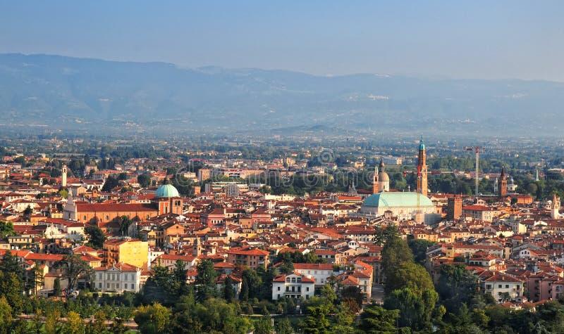Vista di panorama di Vicenza, Veneto Italia fotografia stock libera da diritti
