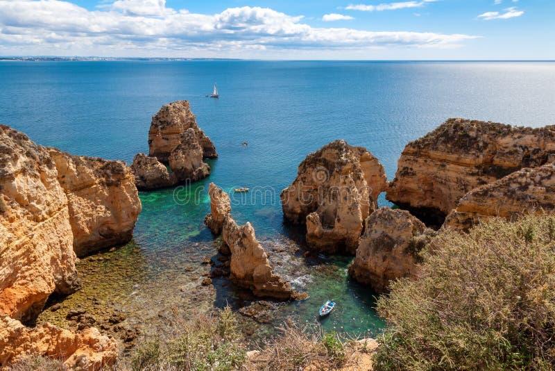 Vista di Ponta da Piedade, Lagos, Algarve, Portogallo fotografia stock