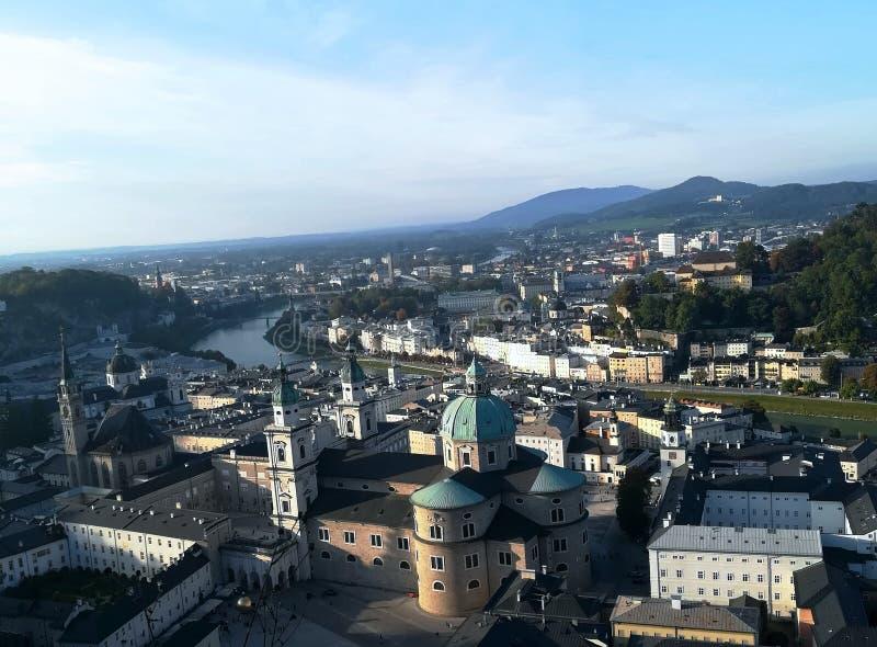Vista di Salisburgo dalla cima del castello fotografia stock libera da diritti