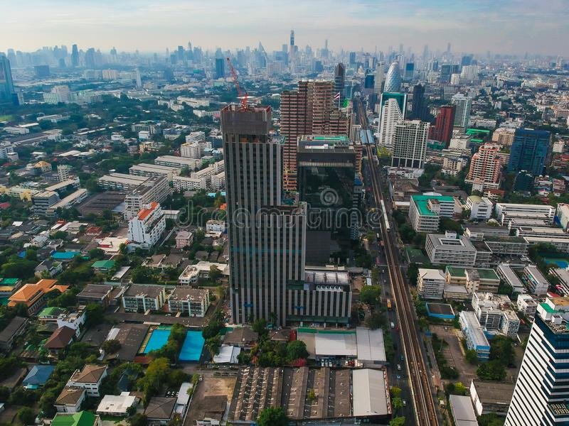Vista di serie di paesaggio urbano di costruzione moderna a Bangkok fotografie stock libere da diritti