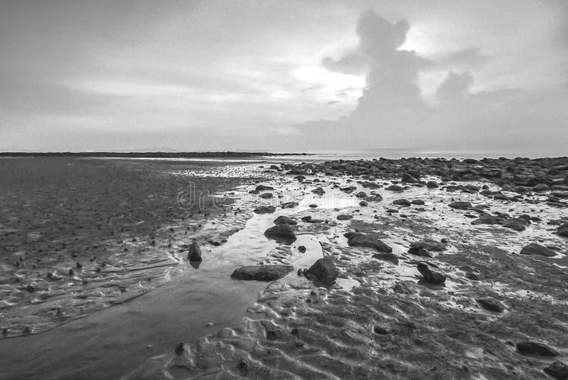 Vista di Snenic della spiaggia in Bali immagine stock libera da diritti