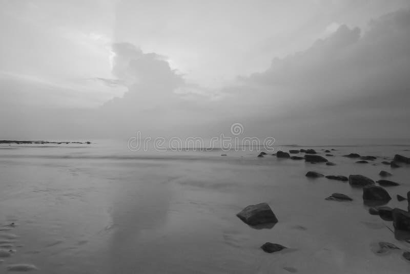 Vista di Snenic della spiaggia in Bali fotografie stock libere da diritti