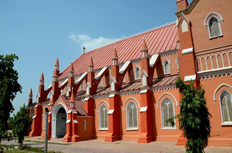 Vista di St Mary rinnovato la cattedrale vergine Multan Pakistan della chiesa immagine stock