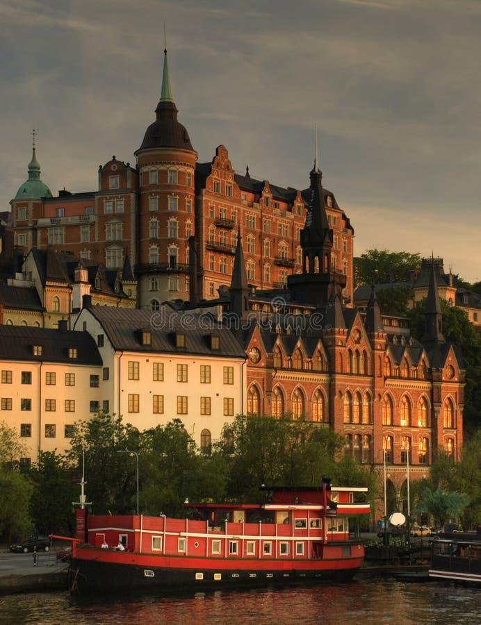 Vista di Stoccolma all'indicatore luminoso di tramonto immagini stock libere da diritti