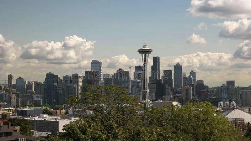 Vista di tempo di giorno dell'ago e di Seattle dello spazio immagini stock