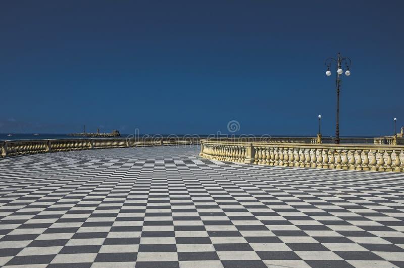Vista di Terrazza Mascagni a Livorno fotografie stock