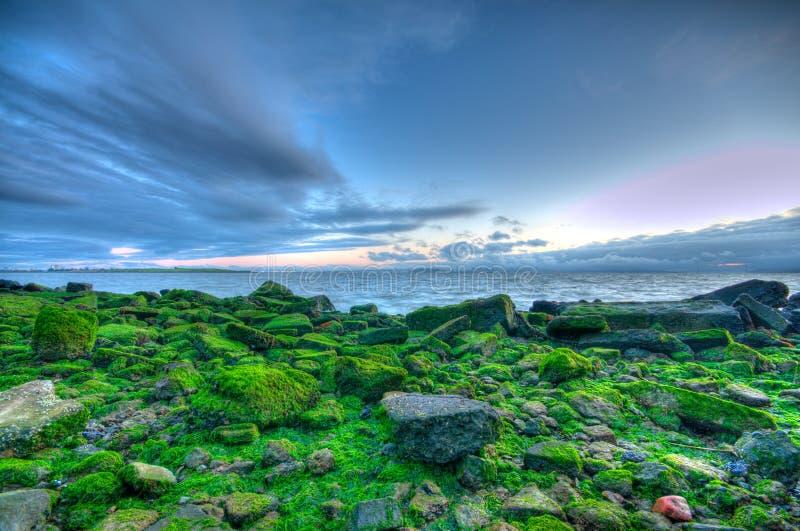 Vista di tramonto della baia del porticciolo in Berkeley HDR fotografia stock