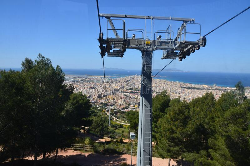 Vista di Trapani da Erice, Sicilia, Italia immagine stock libera da diritti