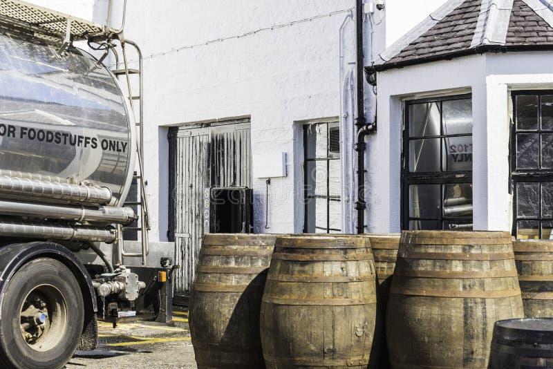 Vista di una distilleria del whiskey immagine stock libera da diritti