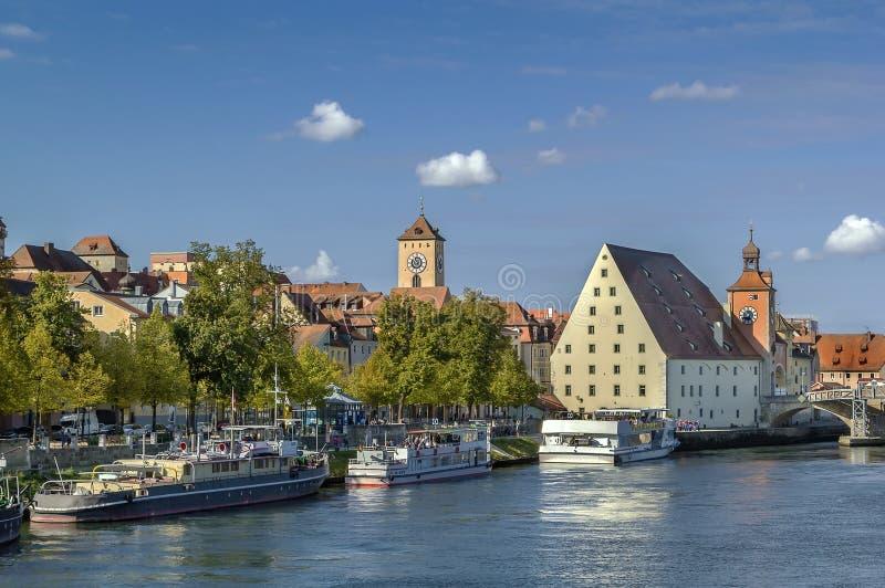 Vista di vecchia città di Regensburg, Germania fotografia stock libera da diritti