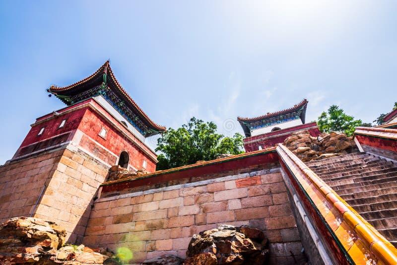 Vista di vecchia costruzione tradizionale in tempio di quattro grande regioni, tempio tibetano di stile, che è il più grande di e fotografia stock