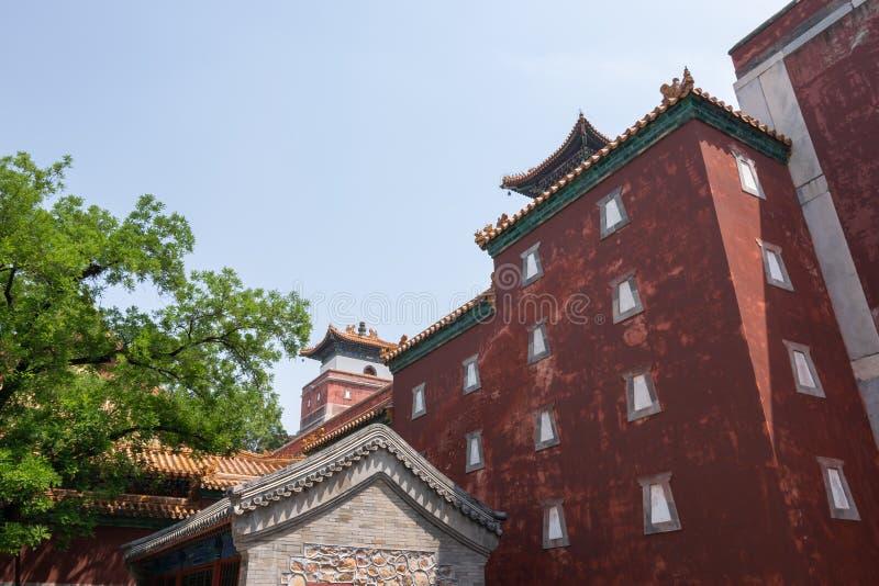 Vista di vecchia costruzione tradizionale in tempio di quattro grande regioni, tempio tibetano di stile, che è il più grande di e immagine stock libera da diritti