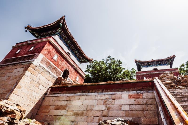 Vista di vecchia costruzione tradizionale in tempio di quattro grande regioni, tempio tibetano di stile, che è il più grande di e fotografia stock libera da diritti