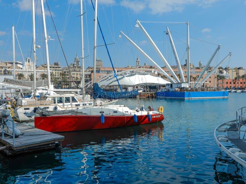 Vista di vecchio porto di Oporto Antico di Genova, Italia fotografia stock
