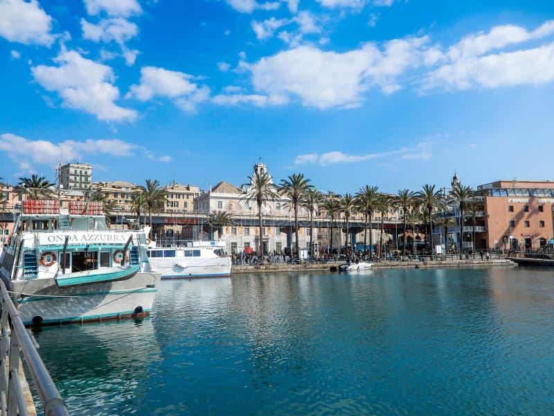 Vista di vecchio porto di Oporto Antico di Genova, Italia immagini stock libere da diritti