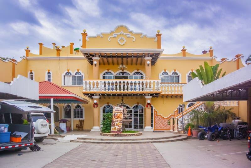 Vista dianteira ao hotel de Mario Chavez no EL Paraiso, Honduras fotografia de stock