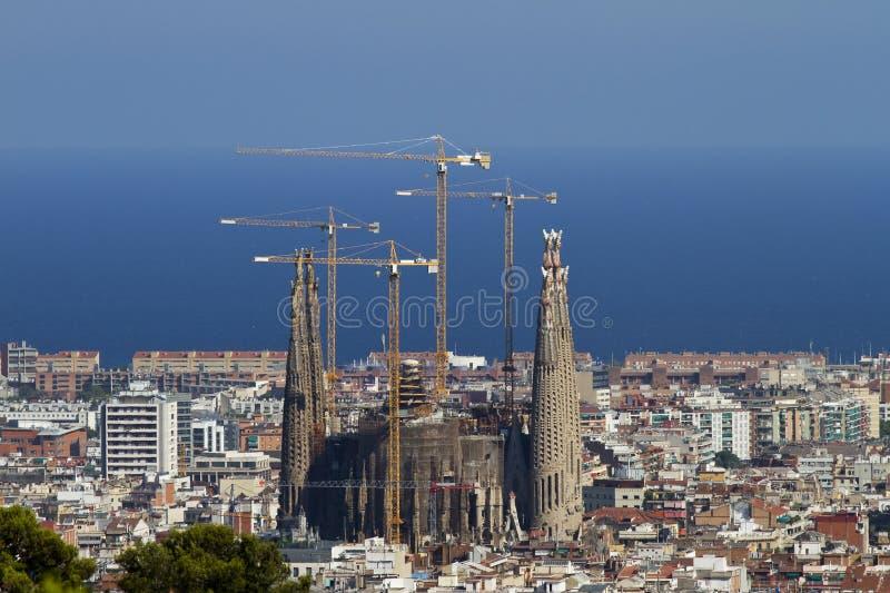 Vista distante di Sagrada Familia Barcellona fotografia stock
