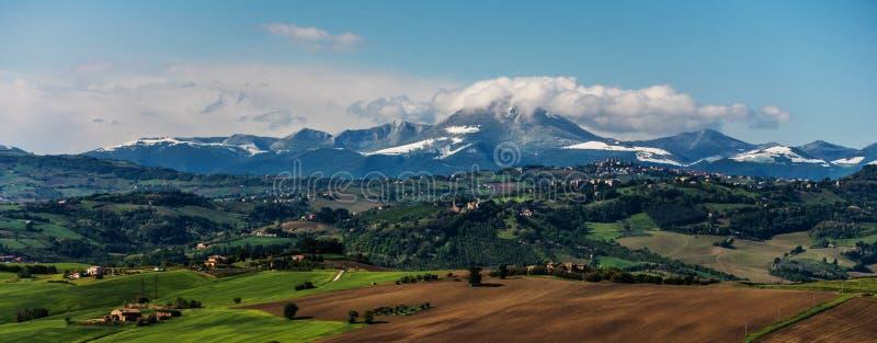 Vista do Apennines foto de stock royalty free