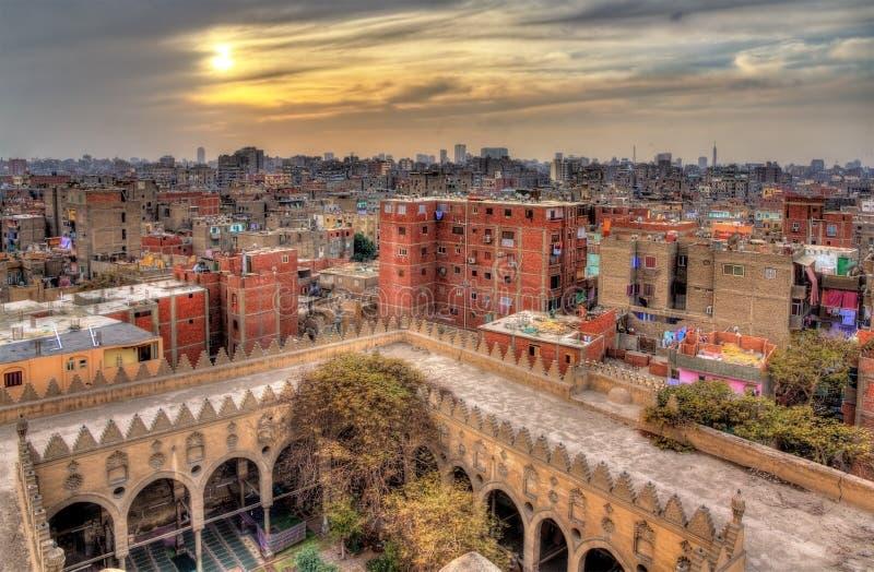 Vista do Cairo do telhado da mesquita de Amir al-Maridani - Egito fotografia de stock