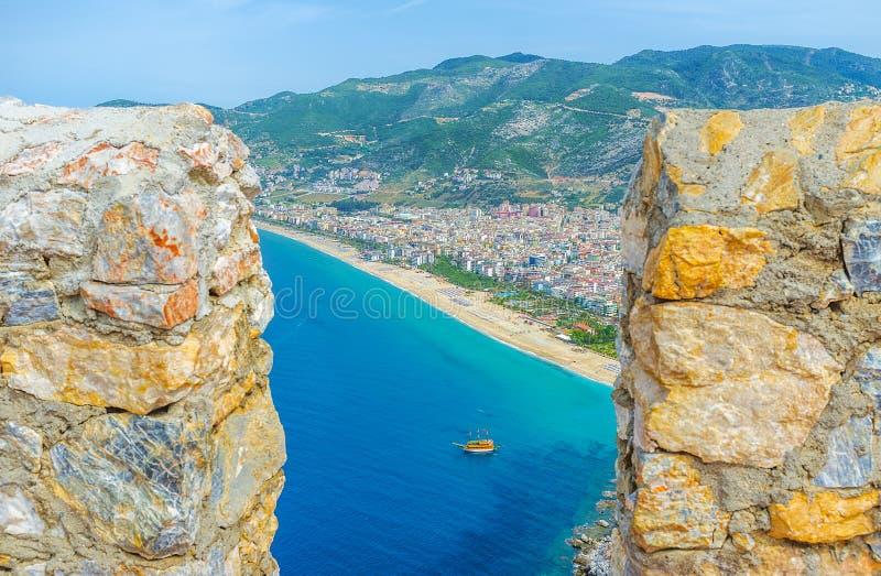 A vista do castelo de Alanya imagens de stock royalty free