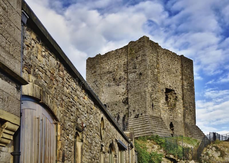Vista do castelo de Clitheroe, Lancashire. imagem de stock royalty free
