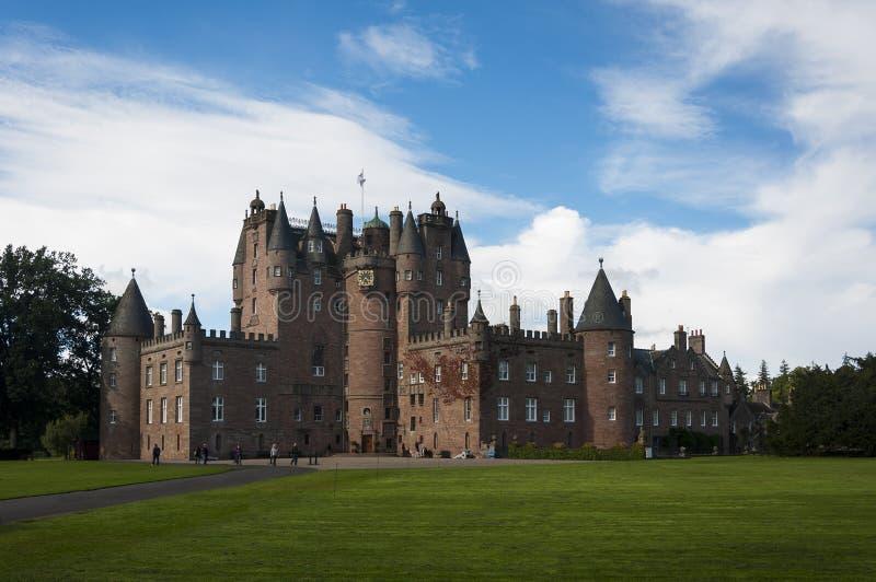 Vista do castelo de Glamis em Angus Region, Escócia, Reino Unido foto de stock royalty free