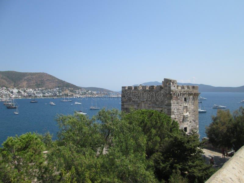 Vista do castelo de St Peter fotografia de stock