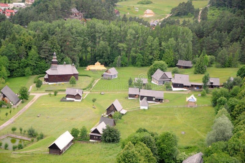 Vista do castelo em Slovakia fotografia de stock