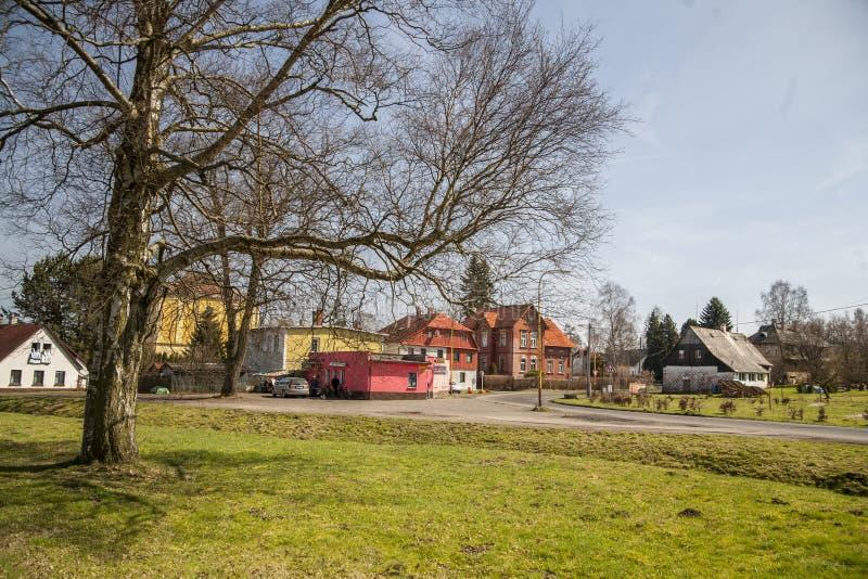 Vista do centro da aldeia Staré K?e?any fotografia de stock