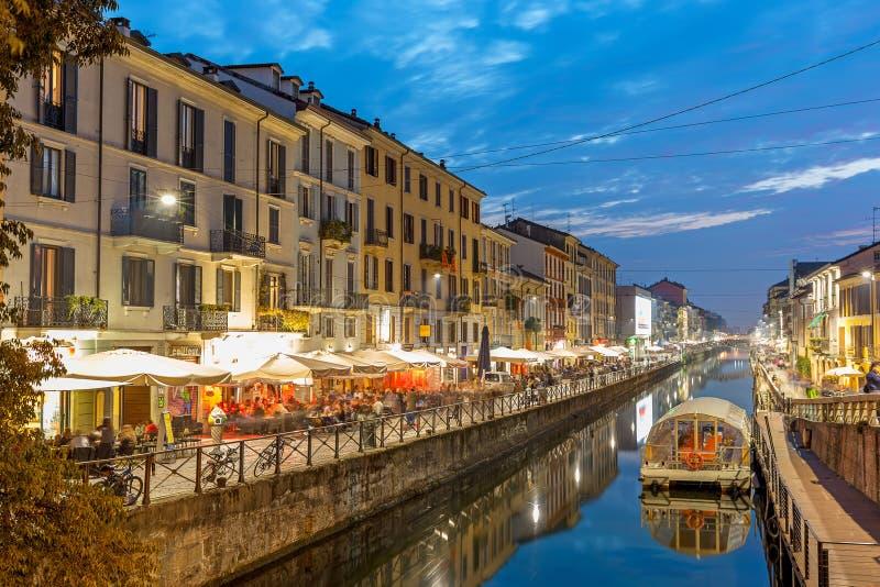 Vista do distrito grandioso aglomerado de Naviglio em Milão fotos de stock