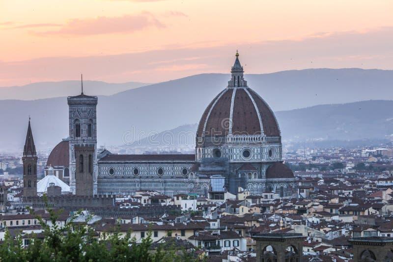 Vista do domo de Florença, Itália, da distância imagem de stock royalty free