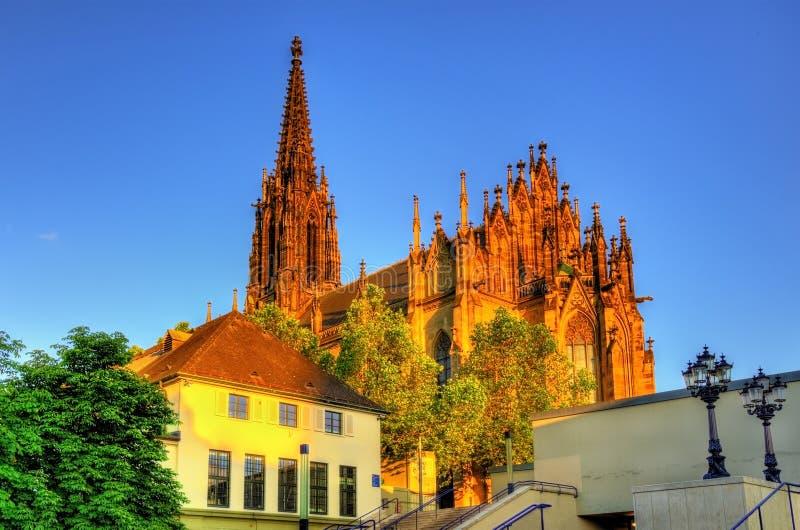 Vista do Elisabethenkirche em Basileia imagem de stock royalty free