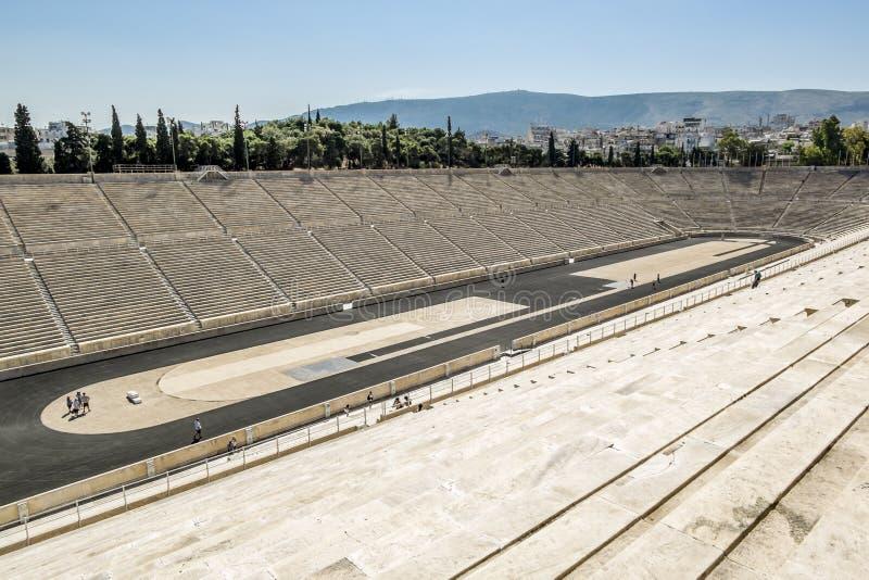Vista do estádio do Panathenaic em Atenas fotos de stock