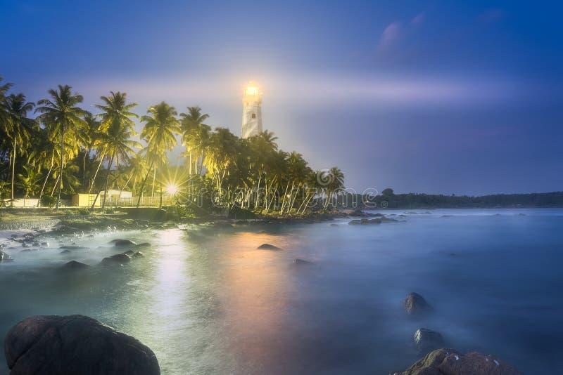 Vista do farol Dondra Matara, Sri Lanka fotografia de stock