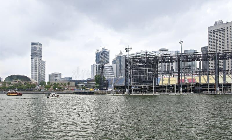 Vista do flutuador em Marina Bay de Marina Bay Reservoir fotos de stock royalty free