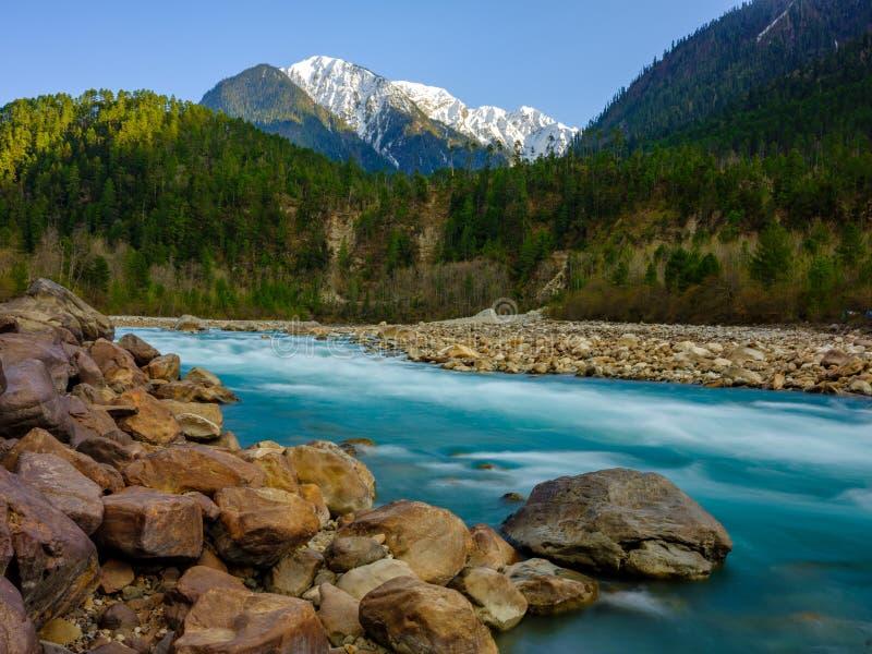 Vista do fundo de Tibet imagem de stock