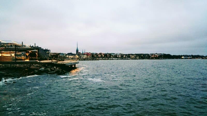 Vista do Golfo da Finlândia a Helsínquia foto de stock